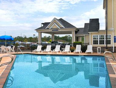 Microtel Inn & Suites by Wyndham Gardendale - Pool