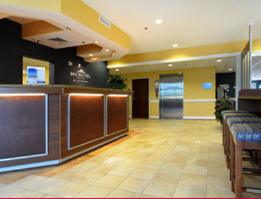 Microtel Inn & Suites by Wyndham Columbus/Near Fort Benning - Lobby