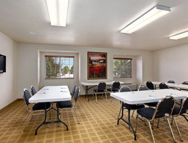 Microtel Inn & Suites by Wyndham Cheyenne - Meeting Room