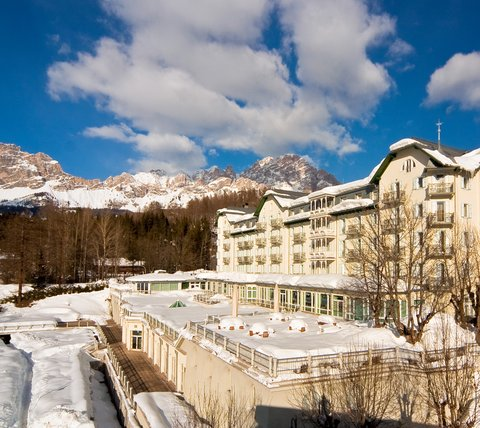Cristallo Hotel Spa and Golf - Exterior View - Winter