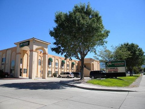 Guesthouse International - Albuquerque Hotel - Exterior