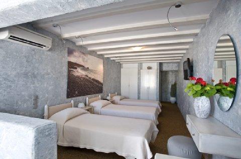 Ilio Maris - Standard Triple Room