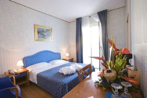 Hotel Metropolitan - Room