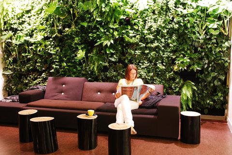 Conscious Hotel Museum Square - Lobby