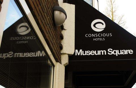 Conscious Hotel Museum Square - Luifel