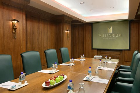 Millennium Knickerbocker Hotel - Executive Boardroom