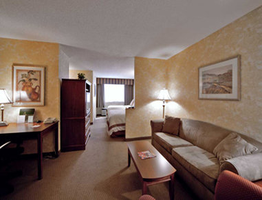 Hawthorn Suites by Wyndham Champaign - Double Room