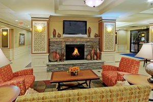Lobby - Holiday Inn Express Hotel & Suites Midtown Albuquerque