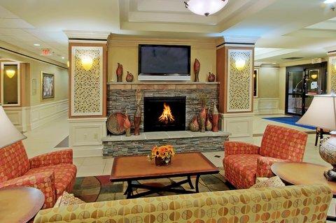 Holiday Inn Express & Suites ALBUQUERQUE MIDTOWN - Albuquerque Holiday Inn Express-Midtown Hotel Lobby
