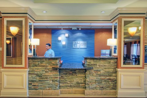 Holiday Inn Express & Suites ALBUQUERQUE MIDTOWN - Albuquerque Holiday Inn Express-Midtown Front Desk