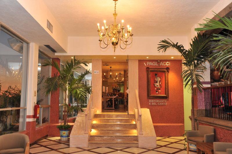 Crowne Plaza Hotel Acapulco Gastronomi