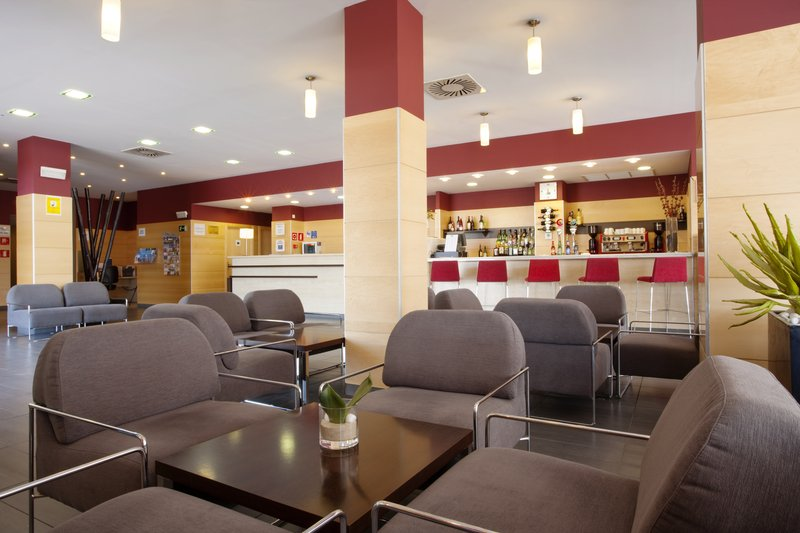 Holiday Inn Express Malaga Airport Bar/Lounge