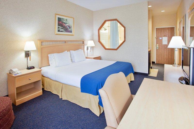 Holiday Inn Express & Suites ABILENE - Abilene, KS