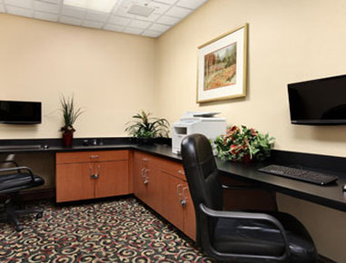 Wingate by Wyndham Charlotte Airport South/ I-77 Tyvola - Business Center