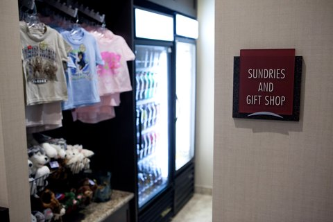 Crowne Plaza ANCHORAGE-MIDTOWN - Sundries   Gift Shop