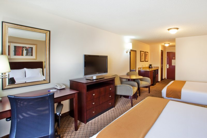 Holiday Inn Express & Suites ATLANTA-EMORY UNIVERSITY AREA - Decatur, GA