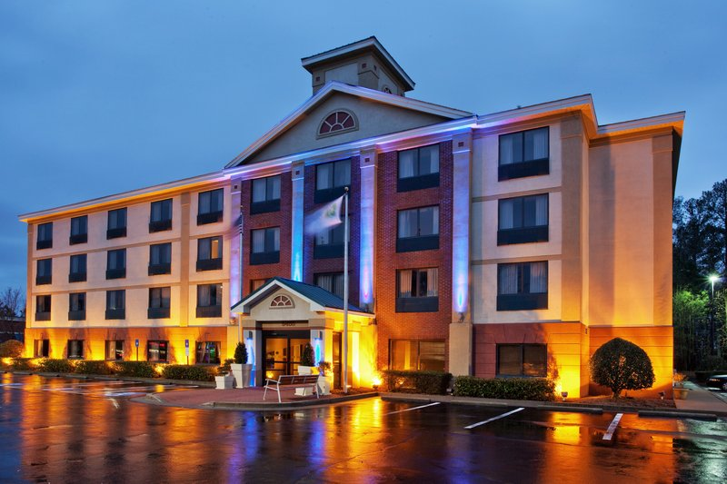 Holiday Inn Express ALPHARETTA (WINDWARD PKWY)
