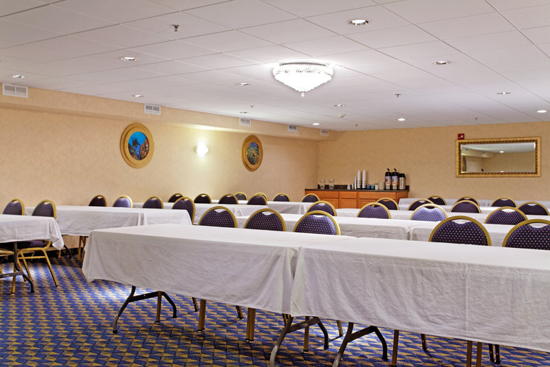 Holiday Inn Express BRANFORD-NEW HAVEN - West Haven, CT