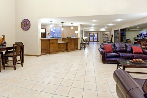 Holiday Inn Express & Suites SCOTTSBLUFF-GERING - Lobby Lounge