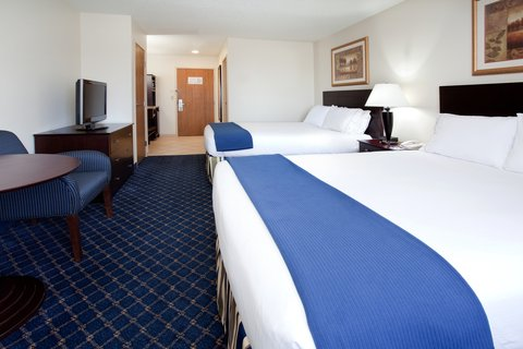 Holiday Inn Express & Suites SCOTTSBLUFF-GERING - Queen Bed Guest Room