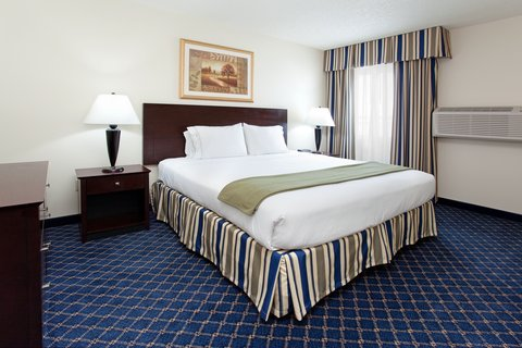 Holiday Inn Express & Suites SCOTTSBLUFF-GERING - Jacuzzi Suite