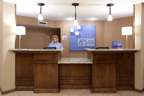 Holiday Inn Express & Suites SCOTTSBLUFF-GERING - Front Desk