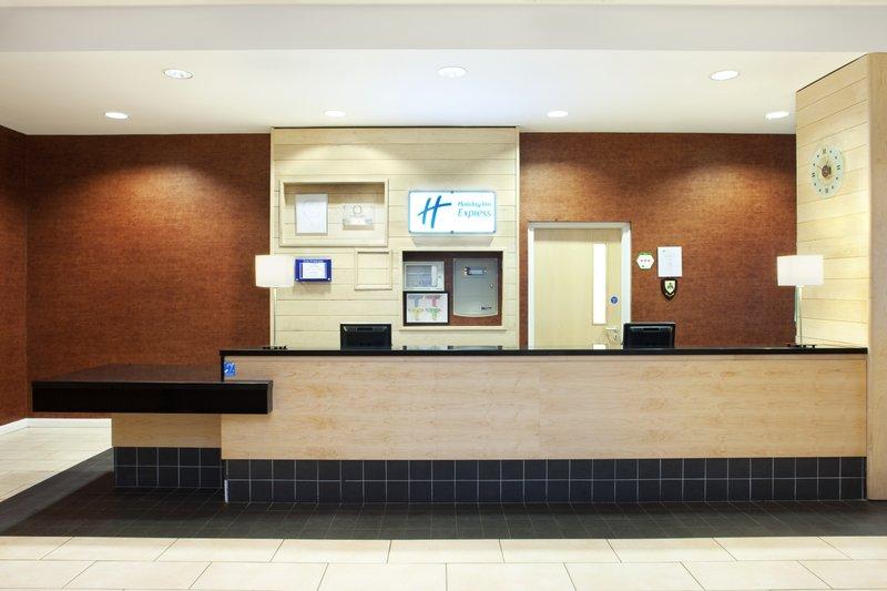 Holiday Inn Express Antrim M2, JCT.1 Előcsarnok