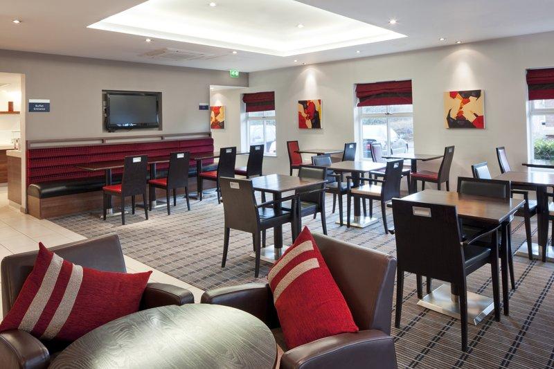 Holiday Inn Express Birmingham-Oldbury M5,JCT.2 Gastronomia