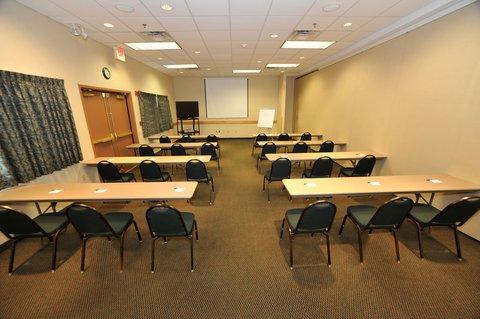 Holiday Inn Express BEMIDJI - Meeting Room