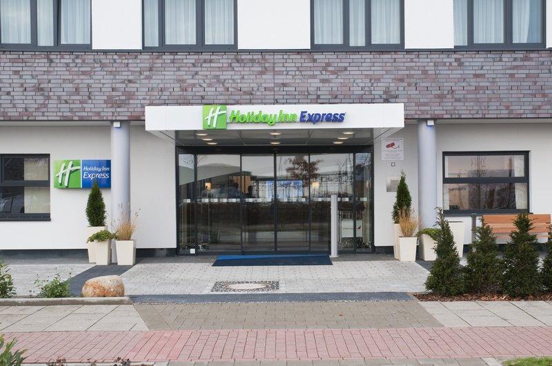 Holiday Inn Express Bremen Airport Set udefra