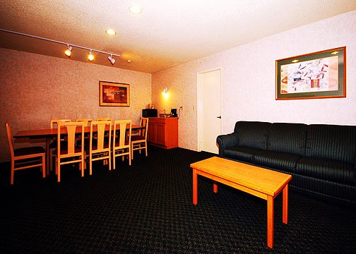 Quality Inn &amp; Suites San Diego East County