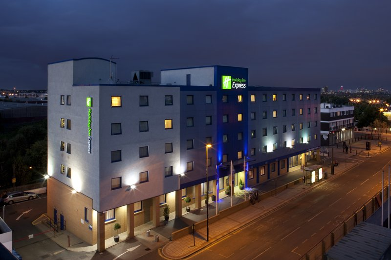 Holiday Inn Express London-Park Royal Kilátás a szabadba