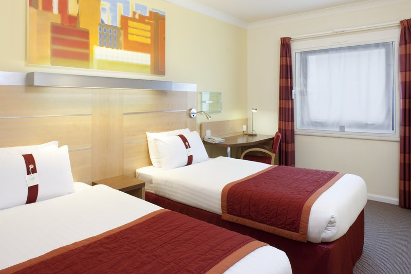 Holiday Inn Express London-Park Royal Zimmeransicht