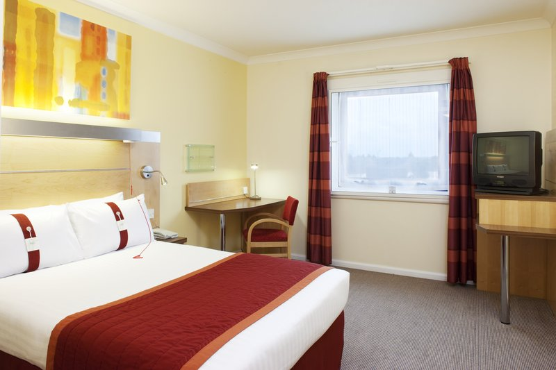 Holiday Inn Express London-Park Royal View of room