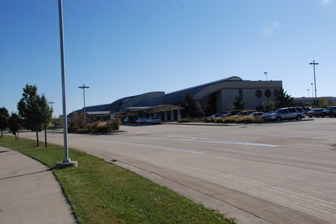 Holiday Inn Express & Suites BLOOMINGTON CITY CENTER-NORMAL - Central Illinois Regional Airport