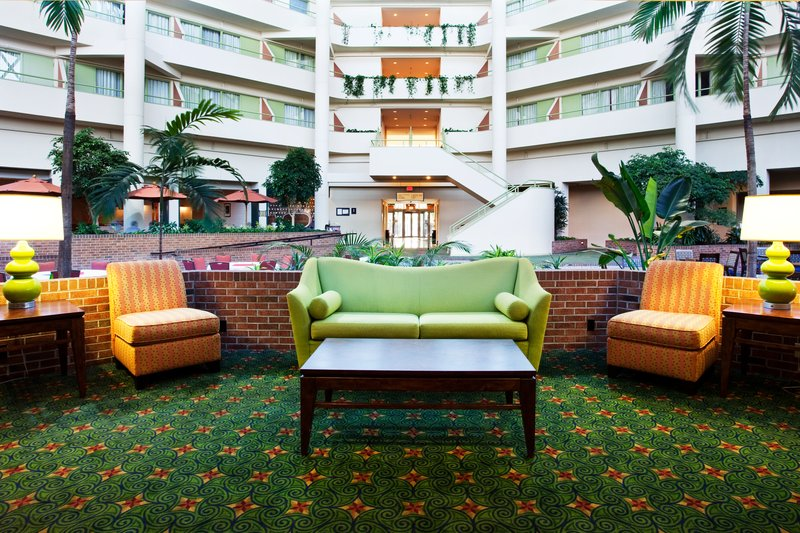 Holiday Inn Select Opryland-Arpt (Briley Pkwy) - Nashville, TN