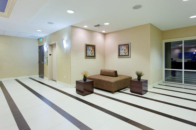 Holiday Inn Express BENICIA - Vallejo, CA
