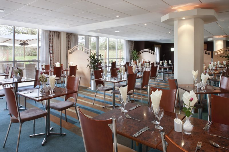 Holiday Inn Bristol Airport Gastronomia
