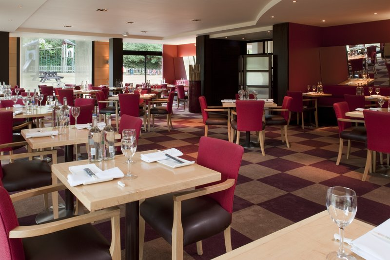 Holiday Inn Bristol-Filton Restauration
