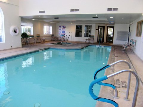 Holiday Inn Express Hotel And Suites Bishop - Pool View