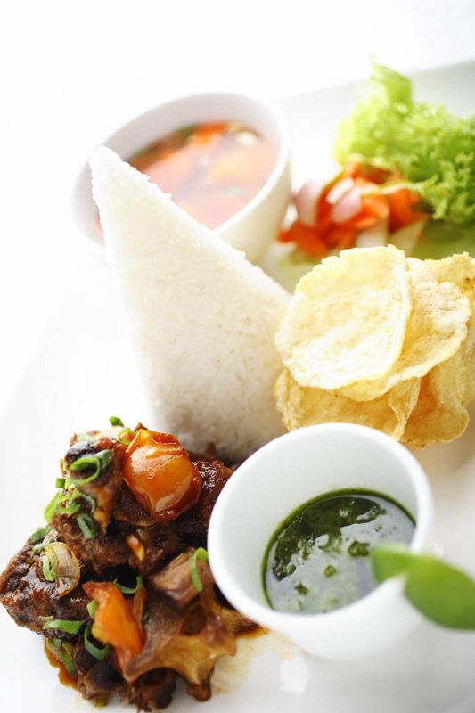 Holiday Inn Batam Gastronomia