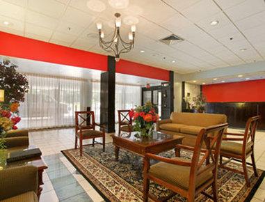 Ramada Plaza Albany - Lobby