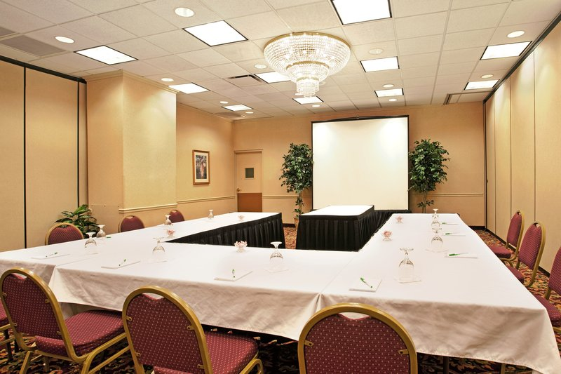 Holiday Inn Hotel & Suites  Chicago-Downtown Kokoustila