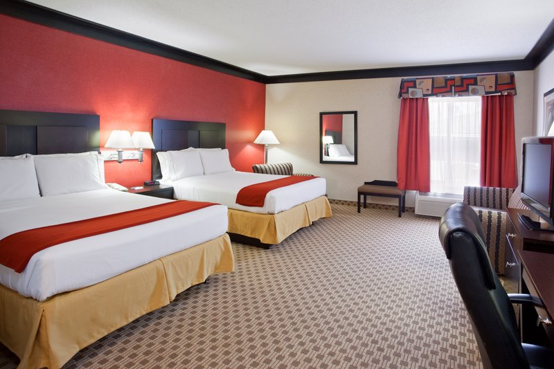 Holiday Inn Express - Bedford, OH