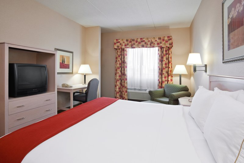 Holiday Inn Express CLEVELAND-VERMILION - Vermilion, OH