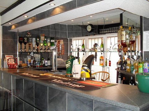 Leverdale Hotel - Bar Lounge
