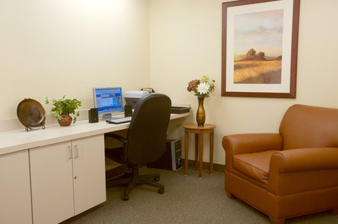 Candlewood Suites POLARIS - Our Business Center