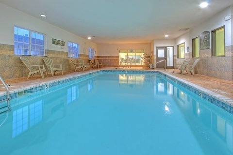 Holiday Inn Express & Suites CARLSBAD - Indoor Swimming Pool and Jaccuzzi