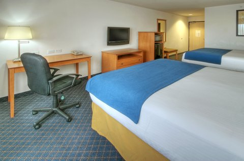 Holiday Inn Express & Suites CARLSBAD - Double QUEEN BED STANDARD ROOM