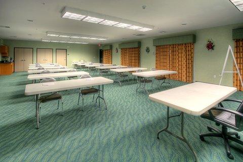 Holiday Inn Express & Suites CARLSBAD - Meeting Room